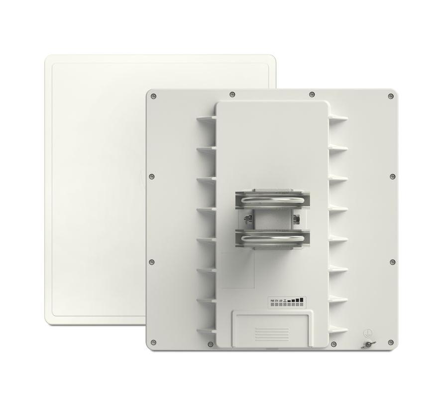 MikroTik dostopna točka (CPE) QRT 5 ac